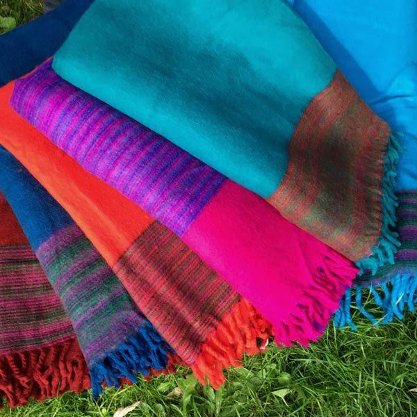 Yak uld tæpper i mange farver