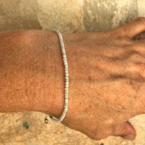 Armbånd med sten, elegant, hvid